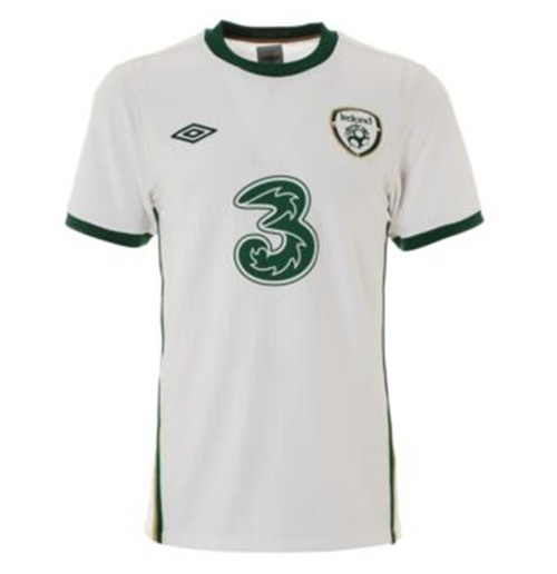 201112 Ireland Away Umbro Football Shirt