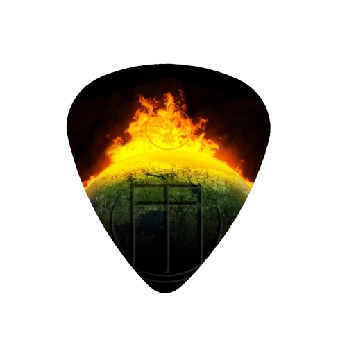 fender-medium-guitar-pick-from-the-end