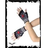 handschuhe-mit-spinnennetz-und-spinne
