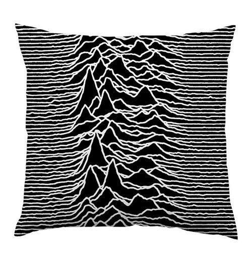 almofada-ultrakult-unknown-radio-waves