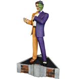 batman-classic-collection-maquette-two-face-35-cm