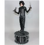 edward-mit-den-scherenhanden-statue-1-4-edward-61-cm