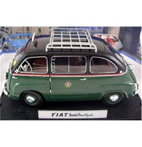 Image of Fiat 600 Multipla Taxi Milano con portapacchi