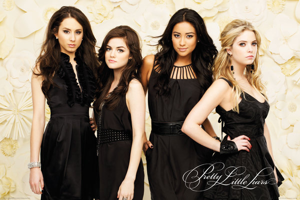 Poster Pretty Little Liars Black Dresses