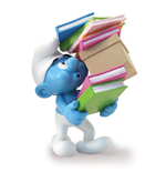 Statua Smurf Carrying A Pile Of Books Statue